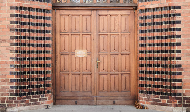 Lukket dør i Odense Domkirke
