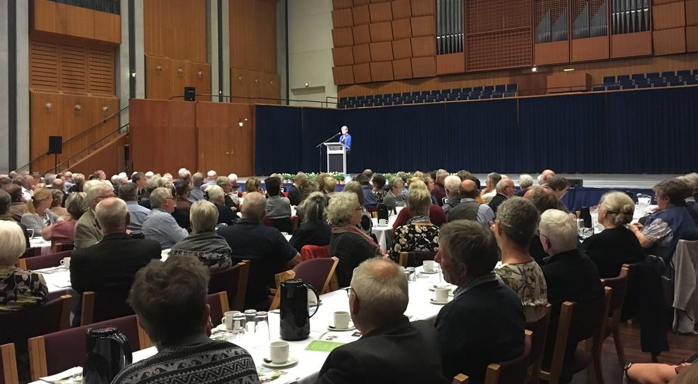 Tine Lindhardt holder foredrag