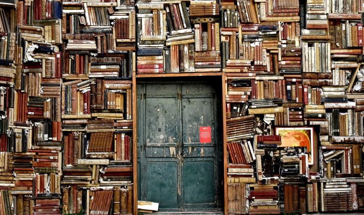 En stor mængde bøger